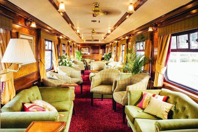 Як виглядають найкращі VIP-потяги світу: розкішні фото - фото 175567