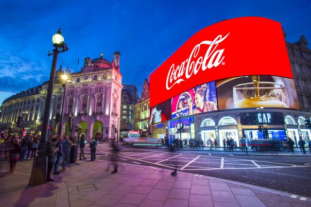 Piccadilly - фото 212701