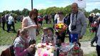 В Киеве в честь матерей сажали сакуры и пионы