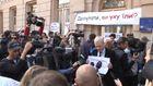 Активисты пикетируют Раду из-за саботажа борьбы с коррупцией