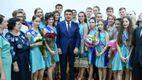 Гройсман відвідав останній дзвоник на Київщині