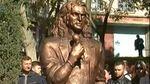 Матір покійного Скрябіна вимагає демонтувати бронзовий пам'ятник її сину