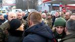 Вдова загиблого воїна АТО вигнала губернатора Тернопільщини під час зустрічі тіла героя
