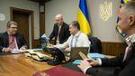 На роботу у вишиванці: хто з українських політиків долучився до флешмобу