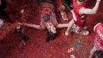 Томатний бій в Іспанії: видовищні фото
