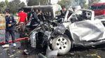 З'явилися моторошні фото смертельної аварії в Таїланді: від авто майже нічого не лишилось
