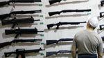 Скільки українців виступають за право на захист за допомогою зброї