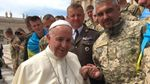 Папа Римський зустрівся з українськими військовими із зони АТО: фото