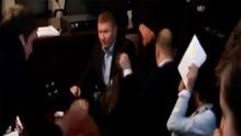 Появилось полное видео драки Парасюка с прокурорами
