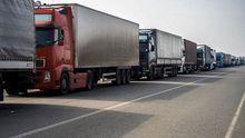 Росія не пропускає вантажівки з українськими солодощами