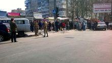 Машина с АТО влетела в толпу людей: есть погибшие