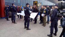 В аэропорту Кишинева заблокировали военную делегацию из России