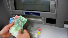Знімати готівку може стати важче: велика мережа банкоматів припиняє роботу