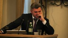 Скандальний екс-міністр Ставицький показав свій ізраїльський паспорт
