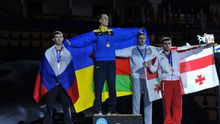 Український боксер переміг росіянина і виборов золото на чемпіонаті світу