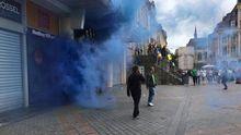 На украинских болельщиков напали русские, живущие в Германии, — очевидцы