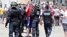 Появились фото и видео драки польских и украинских фанатов