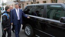 Порошенко наконец подписал закон о подержанных автомобилях