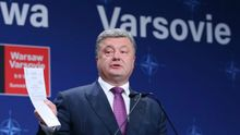 Порошенко резко ответил российским журналистам на саммите НАТО