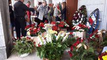 На похорон Шеремета прийшли сотні білорусів: онлайн-трансляція