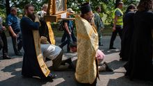 Скандальный крестный ход под Киевом, потери террористов, резня в Японии – самое важное за сутки