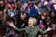 Клинтон официально стала соперником Трампа на выборах