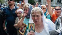 Крестный ход УПЦ МП, взрывы боеприпасов террористов, – главное за сутки