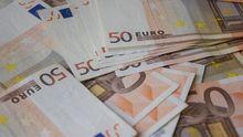 У борця з податковими злочинами знайшли шалені гроші у робочому кабінеті