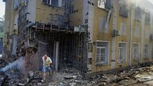 Террористы возобновили обстрел центра Донецка