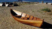 """Лодка с россиянами """"случайно"""" заплыла на территорию Украины"""