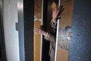 В Киеве упал лифт с людьми внутри