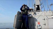 Українці відігнали російський військовий корабель від кордону – з'явилось відео