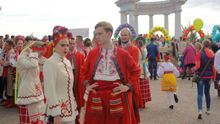 Масштабный парад вышиванок в Полтаве: появились яркие фото