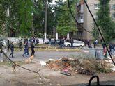 Вбивство поліцейських в Дніпрі: штурм закінчився нічим, поліція покидає будинок