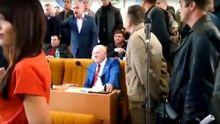 АТОшники побились  з депутатами Опоблоку у Миколаєві