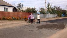 Місцеві жителі самостійно відремонтували проблемну дорогу на Черкащині