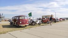 В Киеве второй раз за год открылась выставка ретро-автомобилей