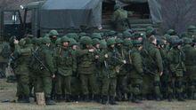 """Тревожное движение. На Донбассе заметили """"нетипичных боевиков"""""""