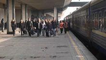 Жители Донбасса едут на запад стирать границы между регионами