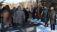 С погибшим в результате перестрелки в Княжичах прощались разные области: появились фото, видео