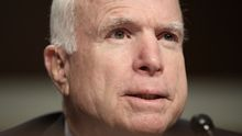 Американский сенатор Джон Маккейн посетит Украину