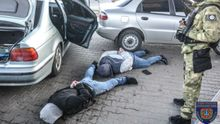 Поліція зі стріляниною ловила злочинну групу