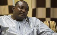 Армия Сенегала приостановила военное вторжение в Гамбию