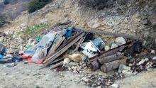 Гори сміття і зруйновані пляжі: в мережі показали нові фото з окупованого Криму