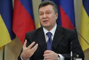 Во время Майдана Янукович планировал сбежать с войсками на Донбасс, – экс-глава МВД