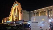 У Києві пограбували працівників держзв'язку: відібрали зброю і важливу документацію