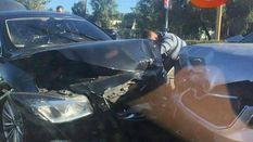 Авто з Адміністрації Президента потрапило у серйозну ДТП