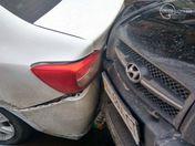У Маріуполі в аварію потрапили одразу 5 авто: опублікували фото