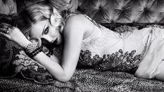 Откровенные фото Мадонны украсили обложку американского глянцевого журнала