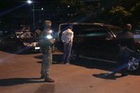 Спецслужбисты поймали наркодельцов с оружием: видео